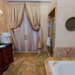 Cassatt Suite bath
