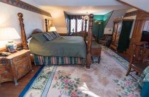 Hunt Room | Baltimore B&B