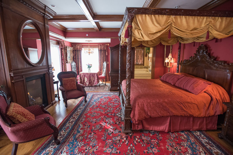Tudor Room Gramercy Mansion Bed Amp Breakfast Baltimore Md