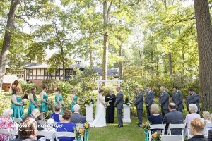 Carriage House garden wedding, Artful Weddings by Sachs Photography