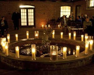 Courtyard candlelight ceremony, Sachs Photography