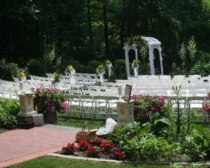 Gramercy Mansion Wedding in Garden