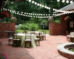 Courtyard dining with lanterns
