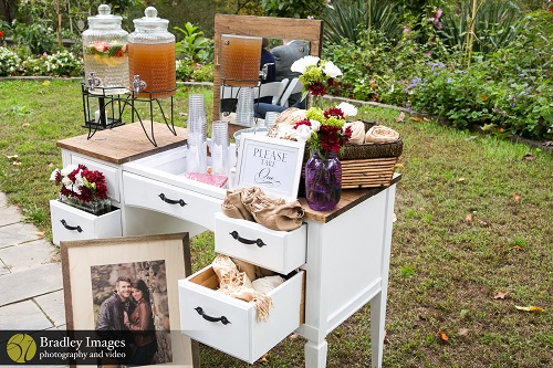 Fall Wedding Idea Outdoor Ceremony