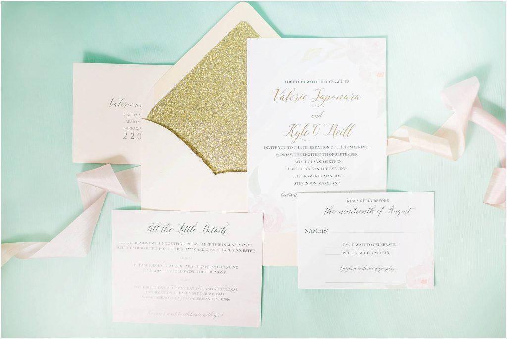 Gold glitter wedding invitation | wedding stationary | Gramercy Mansion wedding