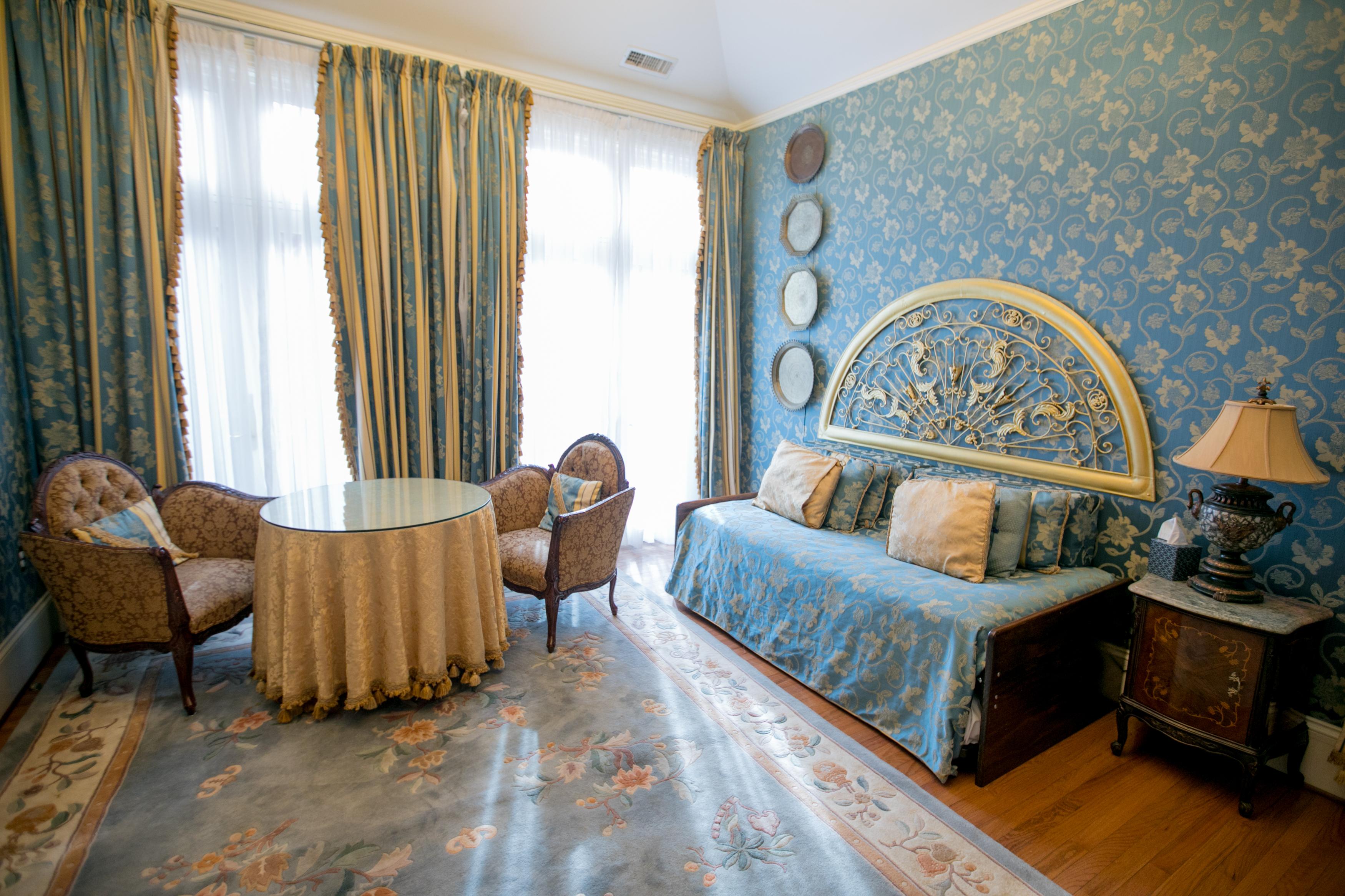 Cassatt Suite | Gramercy Mansion Bed & Breakfast, Baltimore, MD