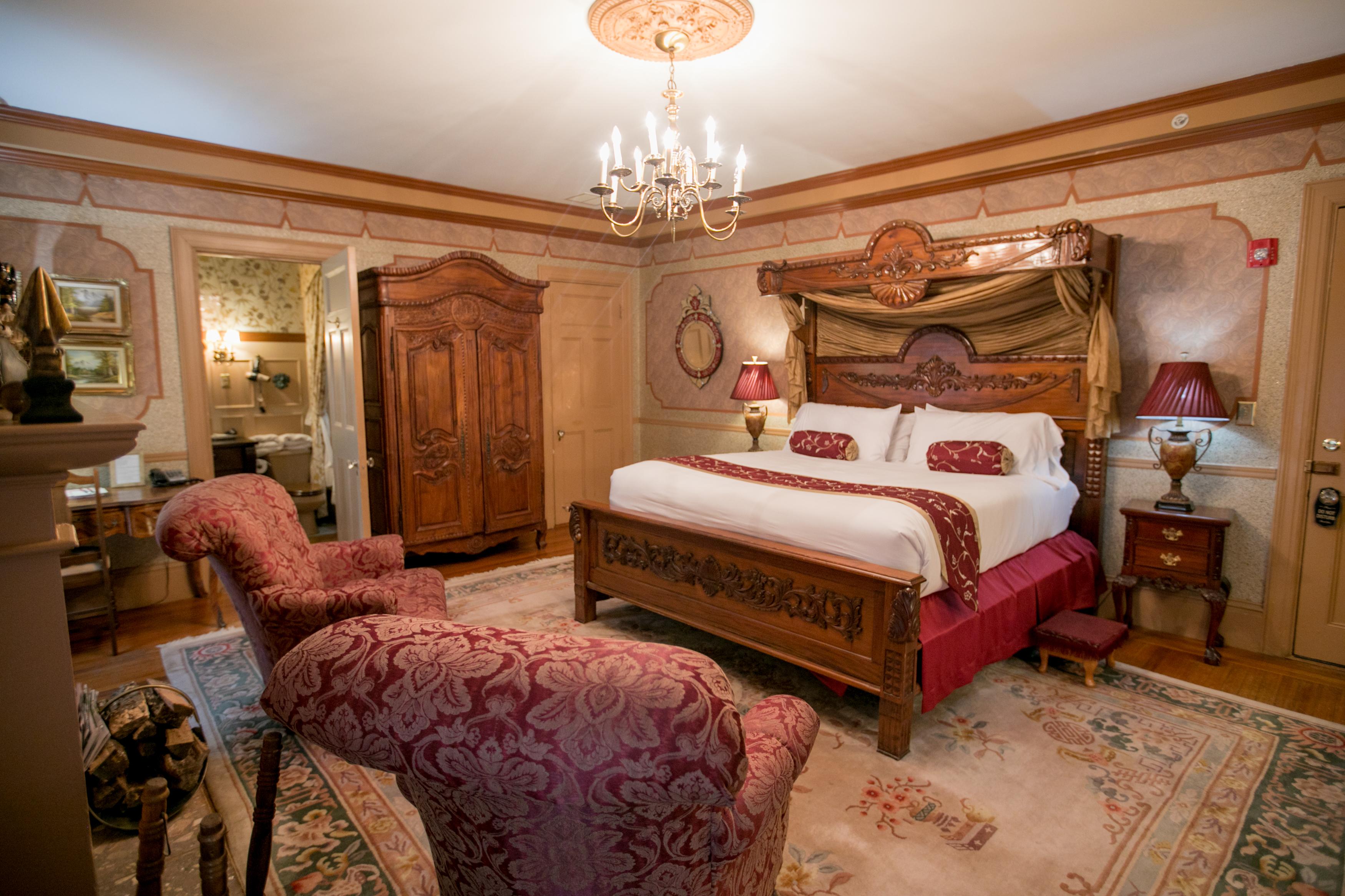 Ambassador\'s Room | Baltimore, MD Bed & Breakfast