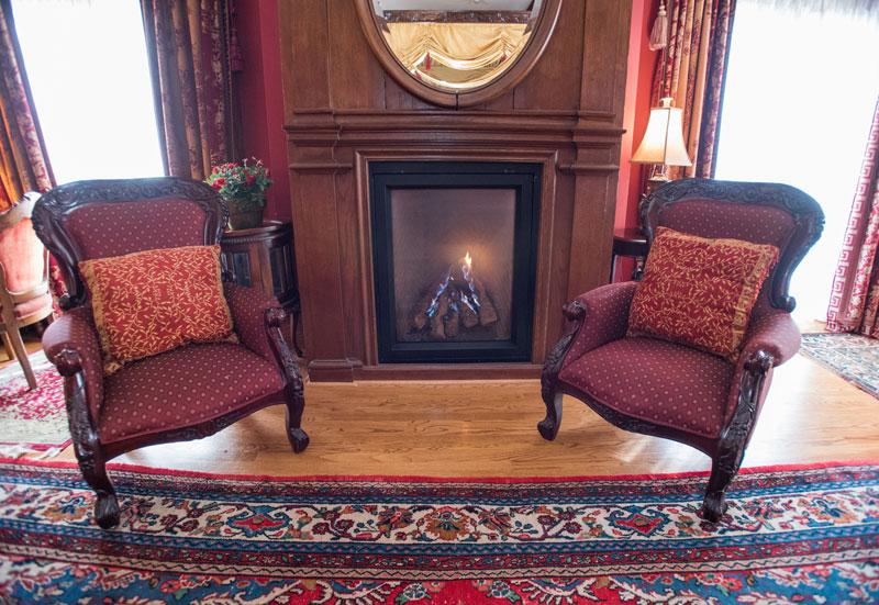 Tudor Room at Gramercy Mansion Bed & Breakfast